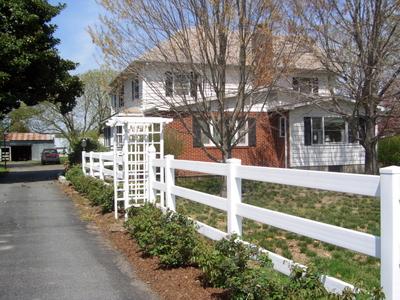 w-spring driveway